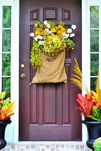 15 Fall Door Decorations - Ideas for Decorating Your Front ...