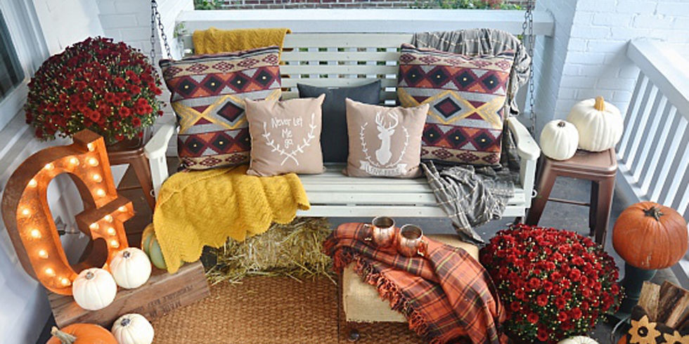 37 Fall Porch Decorating Ideas