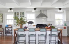 Inspiring Southern Comfort Kitchen That Can Improve Your Home