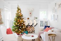 24 Christmas Mantel Decorations - Ideas for Holiday ...