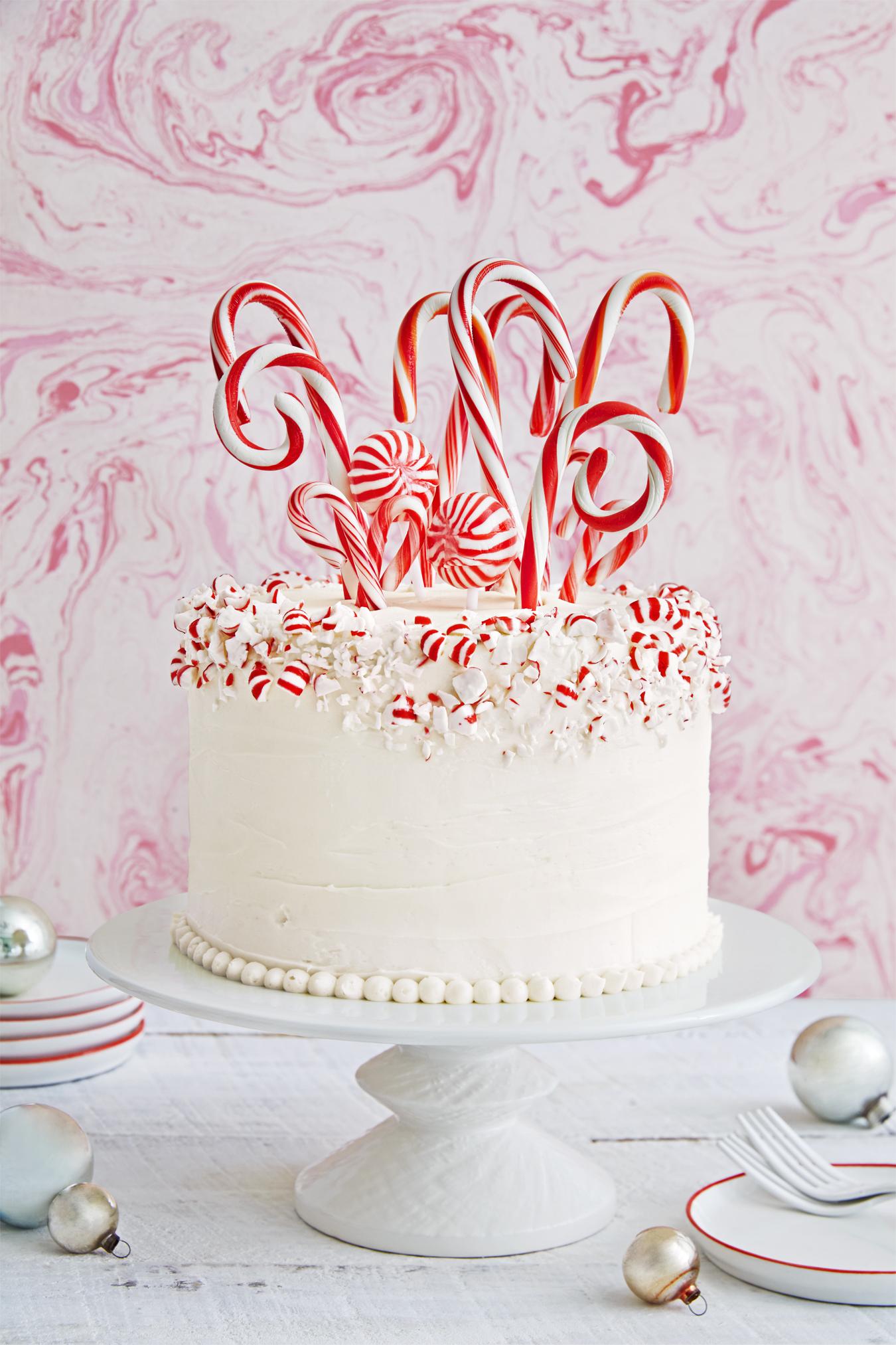 29 Best Christmas Cakes