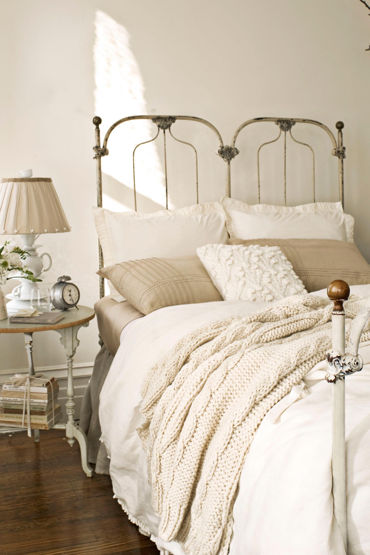 25 Cozy Bedroom Ideas How To Make Your Room Feel Cozy