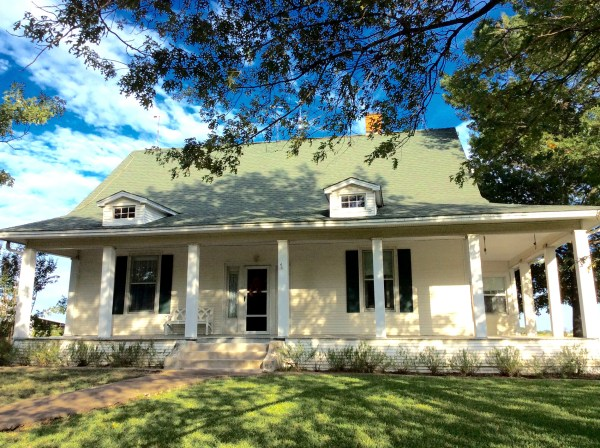 Vintage Texas Farmhouses - Year of Clean Water