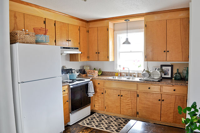 Kitchen Cabinet Makeovers Before And After old kitchen cabinet | ideasidea