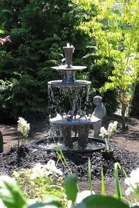 How To Make A Garden Fountain How To Make Small Garden ...