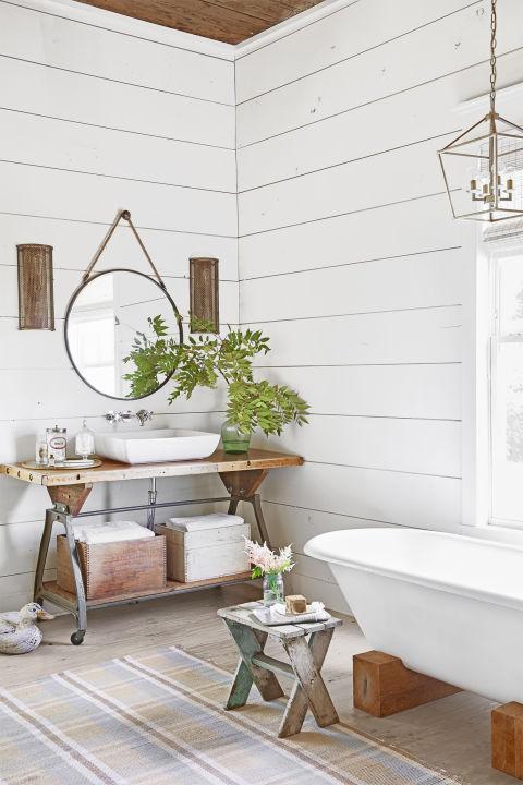 łazienka rustykalna, łazienka w stylu farmhouse, jak urządzić stylową łazienkę, trendy łazienkowe