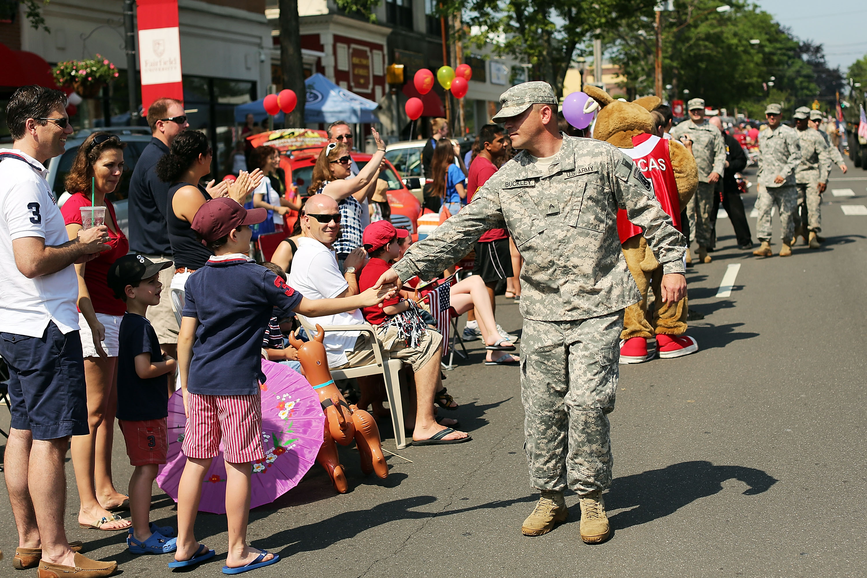 10 Memorial Day Activities For The Whole Family
