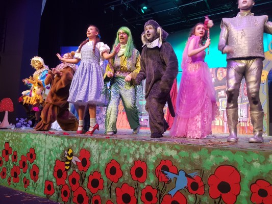 Langside students light up the stage in a performance of The Wizard of Oz