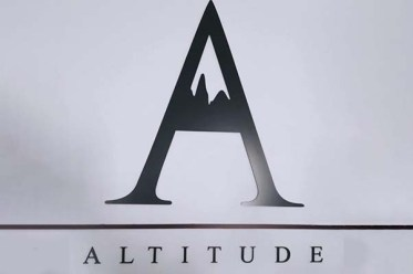 Altitude Alojamento