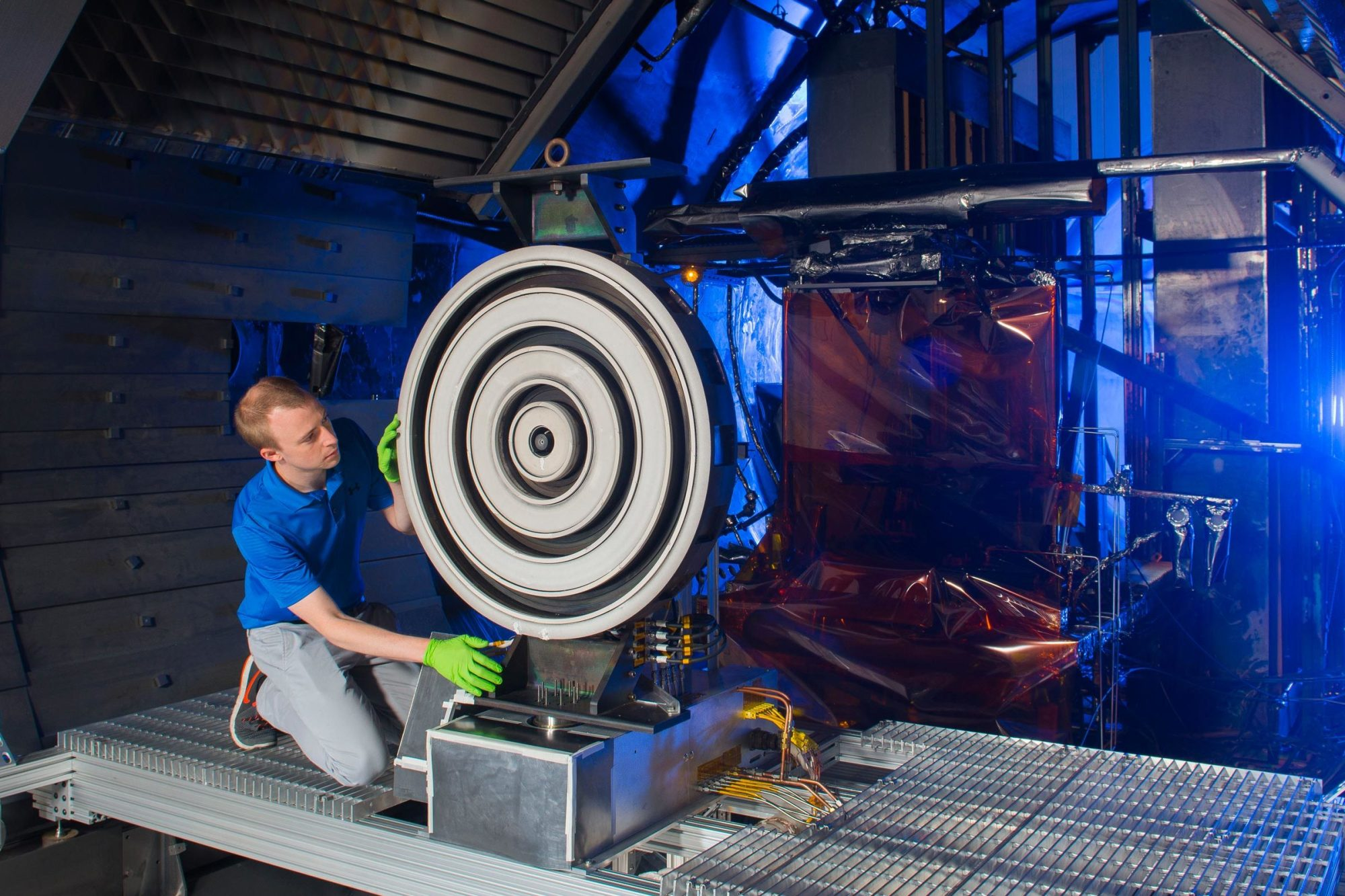 hight resolution of thruster for mars mission breaks records the michigan engineer news center