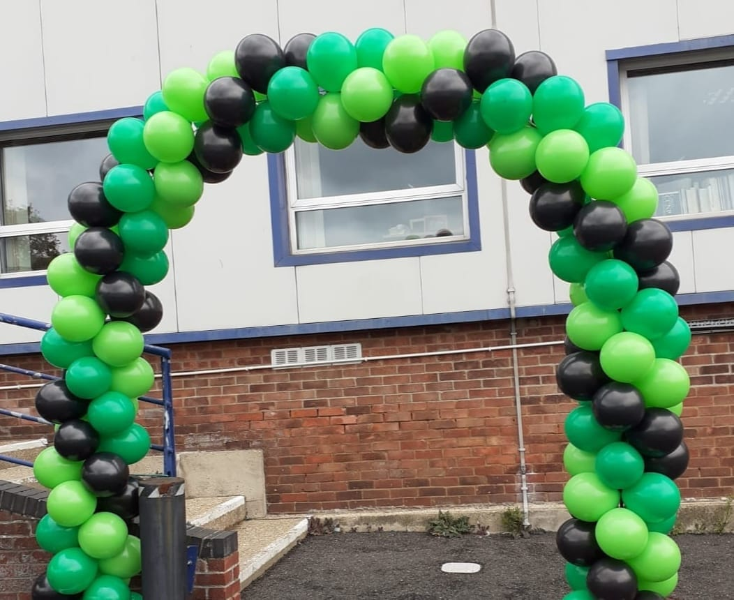 Spiral Balloon Arch Green and Black