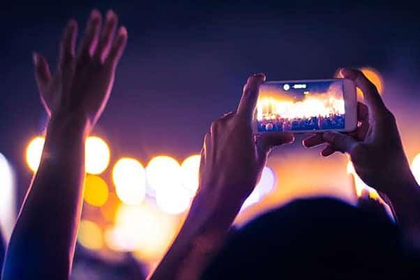 taking photos at church worship with google photos
