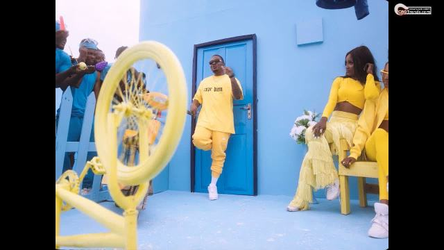https://tager.cmatrends.com/contentss/2020/10/Olamide-Green-Light-Official-Video-CmaTrends.com.jpg