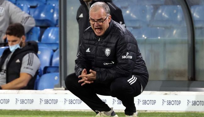 Marcelo Bielsa's Leeds host old rivals Manchester United on Sunday