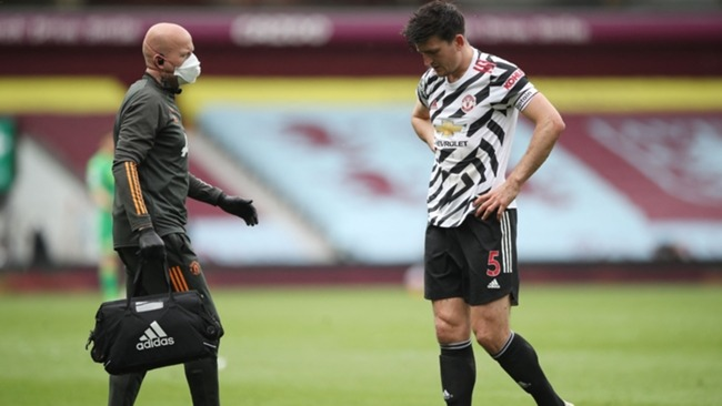 Harry Maguire limps off in Manchester United's win at Aston Villa