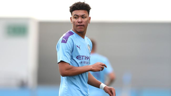 Manchester City youngster Morgan Rogers is a top target for Patrick Vieira at Crystal Palace