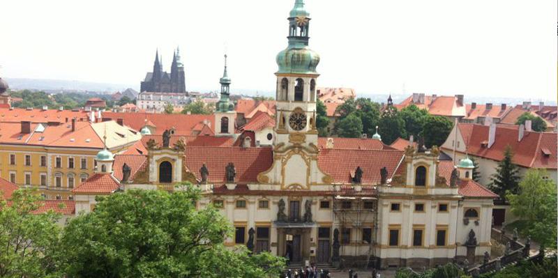En República Checa preocupados por el fuero militar y arraigo