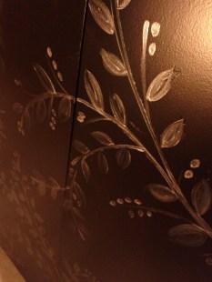 Decorazione realizzata con vernice colore grigio metallizzato