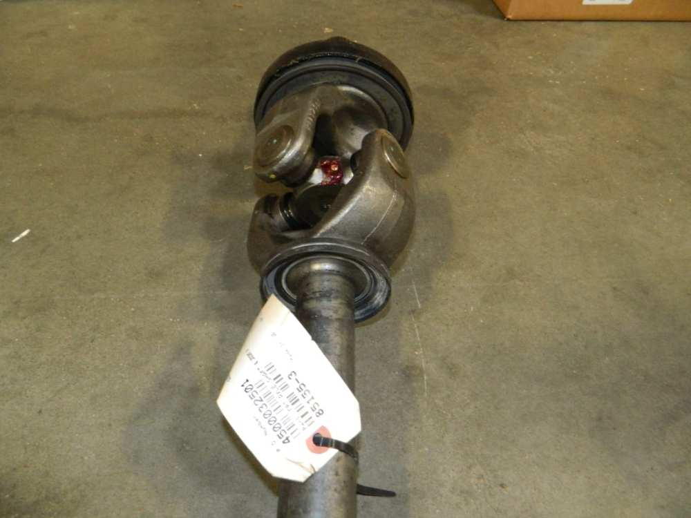 medium resolution of dana spicer right 4x4 front axle shaft ford 60 f450 f550 2004 2005 2006 2007
