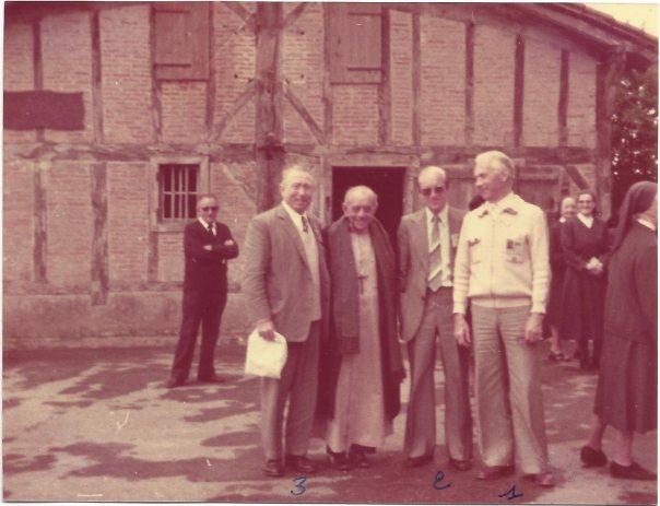 Dom Helder dans le Berceau de SVP (1981) 1