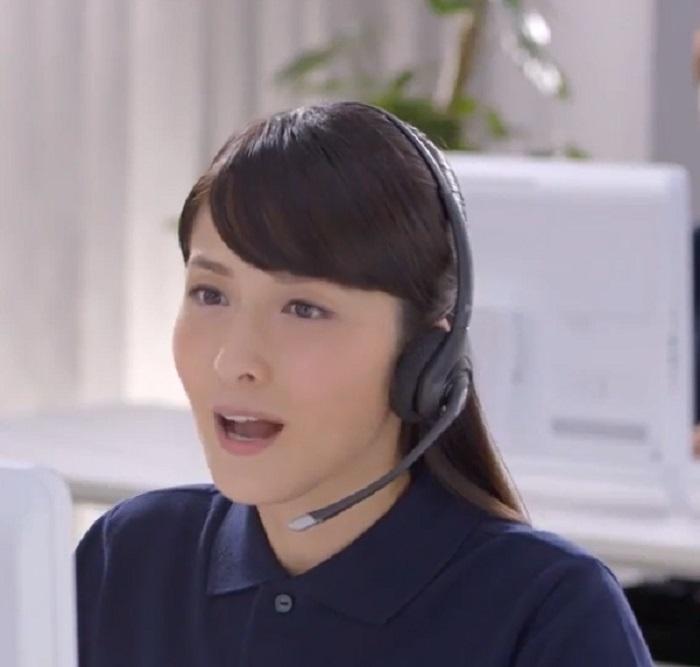 チューリッヒ cm 女優