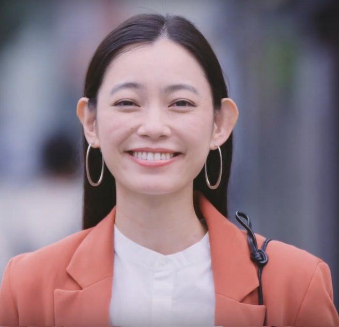 阿久津ゆりえ のむシリカ CM