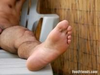 guy's feet