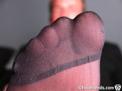 male pantyhose toes