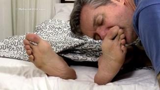 male feet kissing