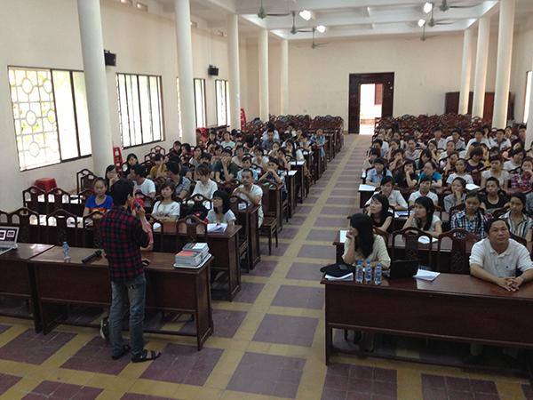 Hue_Uni_Orientation_Lecture