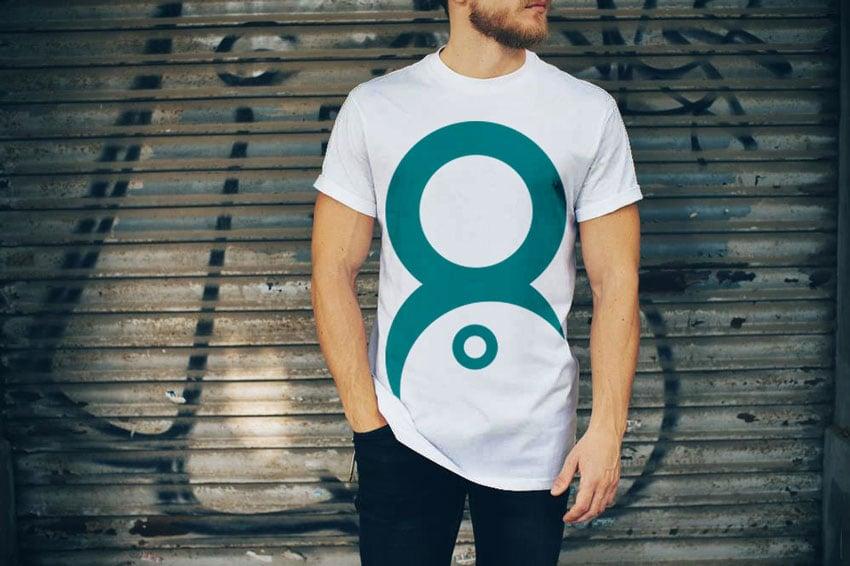 Mockup de camiseta blanca doblada en psd. Mas De 25 Plantillas Gratuitas De Mockups De Camisetas Para Photoshop En Formato Psd