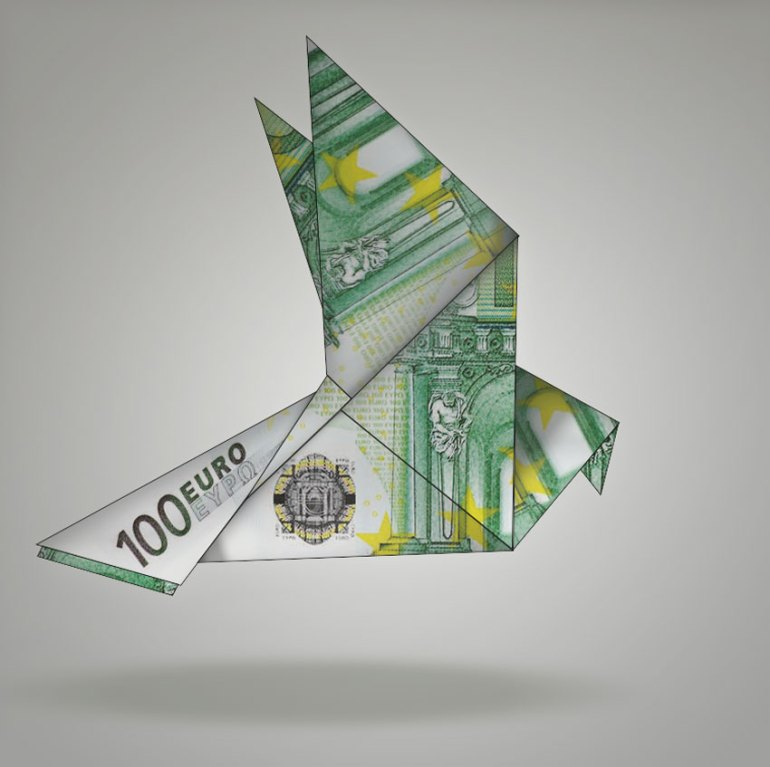 How to Create Origami Birds Using One Dollar Bills in Adobe Photoshop