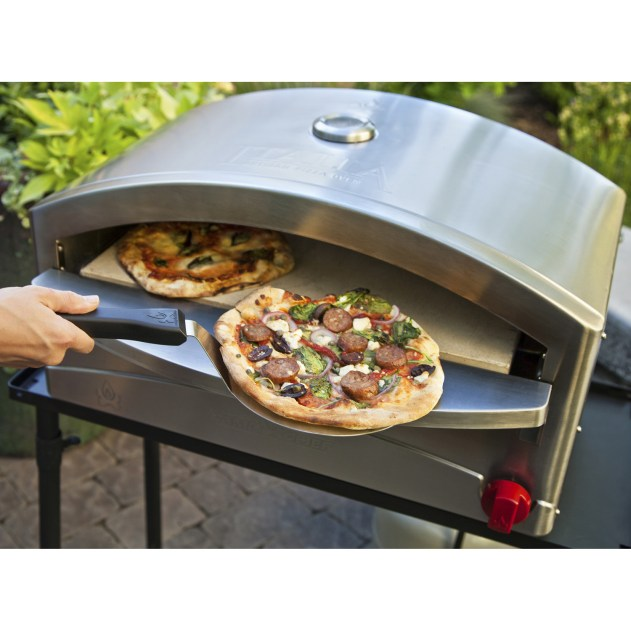 outdoor pizza ovens to help you master