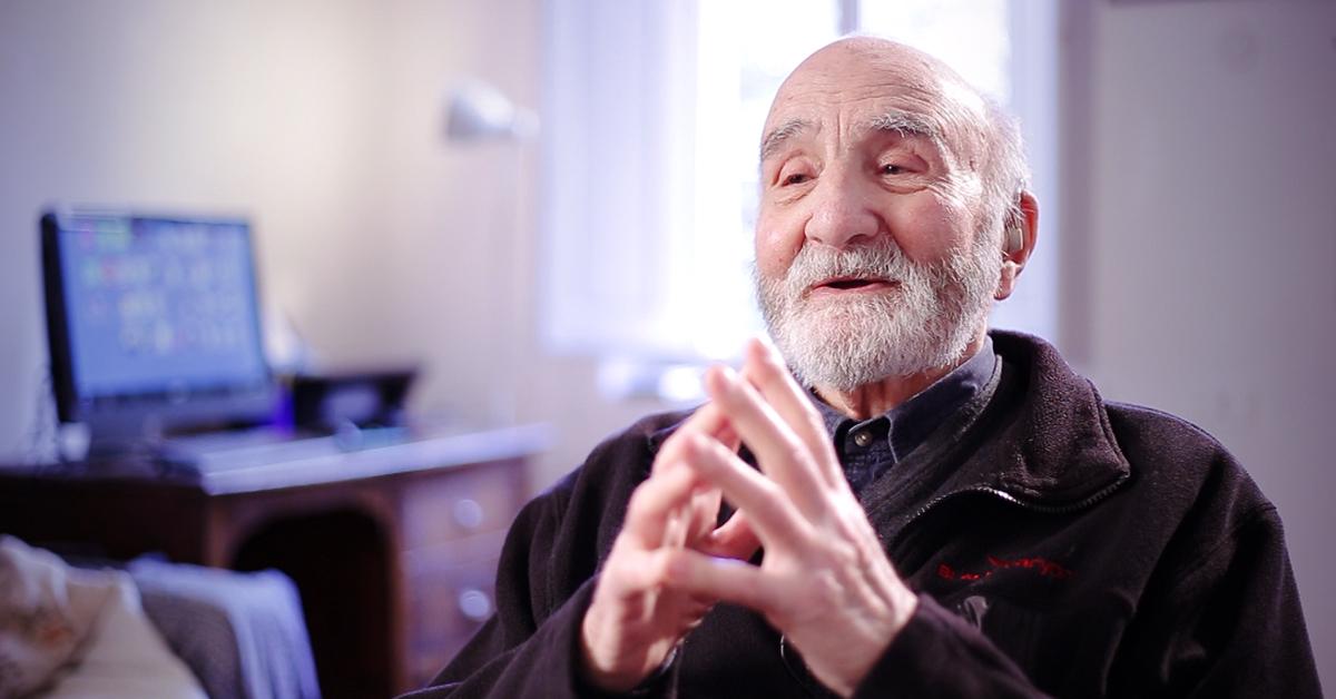 Cuando se trata de la edad para aprender idiomas… 100 años no son excusa