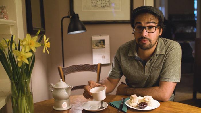 Teetrinken in England: Ein sprachlicher Einblick in die liebste Nachmittagsbeschäftigung der Briten