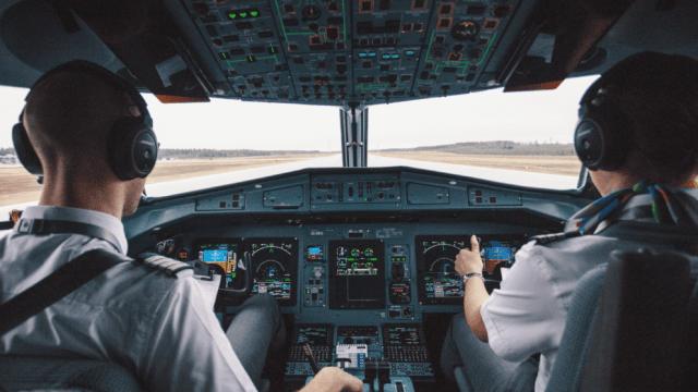 Linguaggio aereo: tutti i segreti sul gergo dei piloti