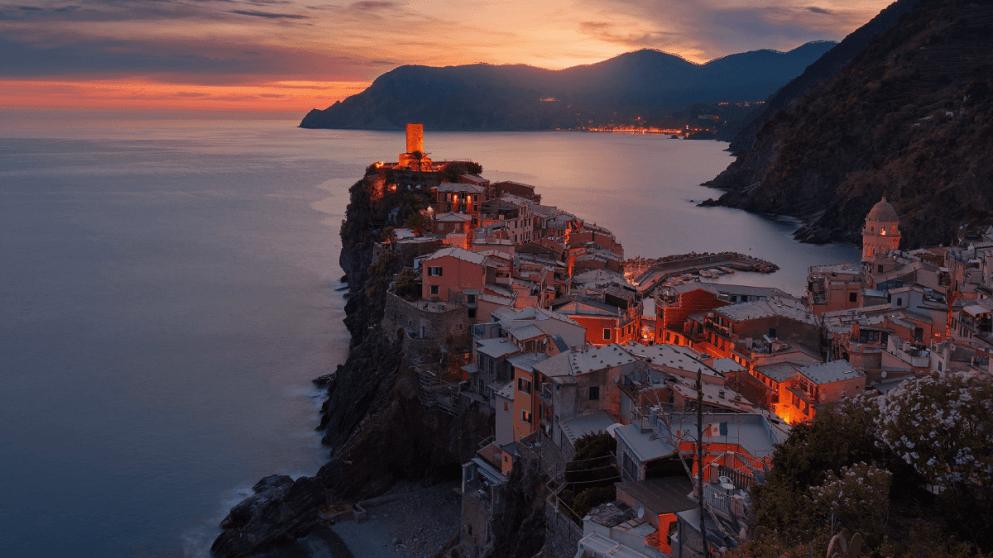 Vacation Cheat Sheet: 22 Italian Phrases To Know