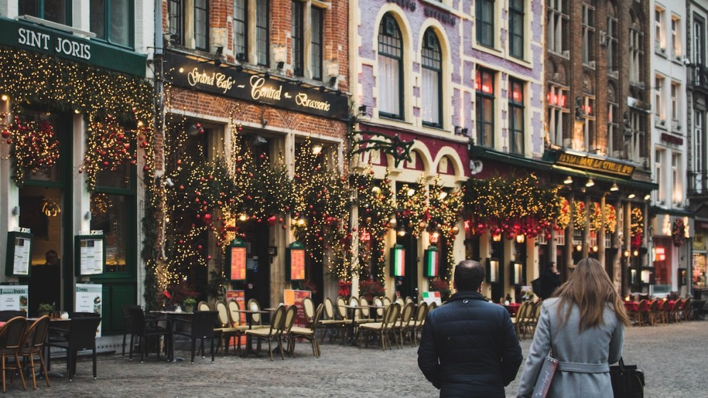10 Wonderful Christmas Words From Around The World