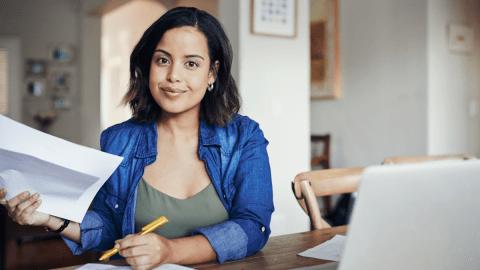 Travail à l'étranger : comment valoriser un CV étudiant ?