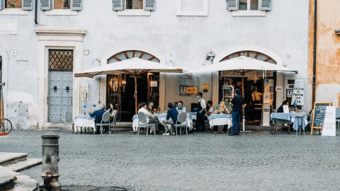 Hot Tip: Making Sense Of Italian Prepositions