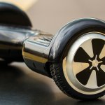 The Us Has Banned All Hoverboard Imports That Aren T From Segway Quartz