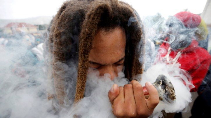 South Africa legalizes smoking marijuana dagga