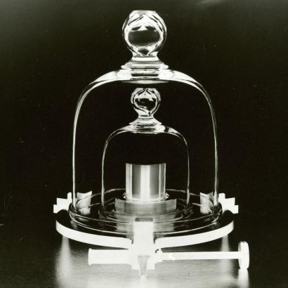 The History Of The International Prototype Kilogram Quartz
