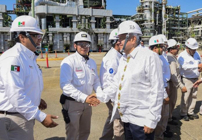 Latin America's new leftists choose oil despite renewables boom — Quartz