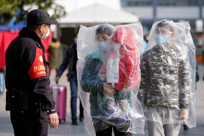 Chinese cities try to flush out coronavirus patients by stopping ...