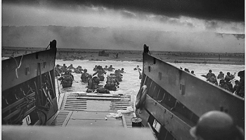 landing craft unloading troops at normandy wwii SOFREP