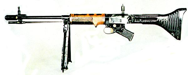 FG 42 (Photo courtesy of world.guns.ru)