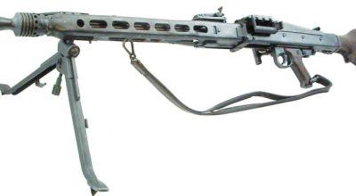 Nazi Wunderwaffe: the MG42 and the Sturmgeweher
