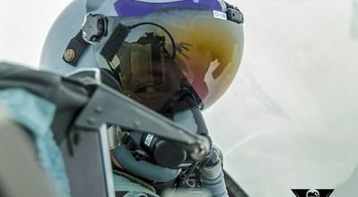 Multitasking in a fighter cockpit