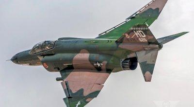 Badass McDonnell Douglas F-4 Phantom II photo gallery